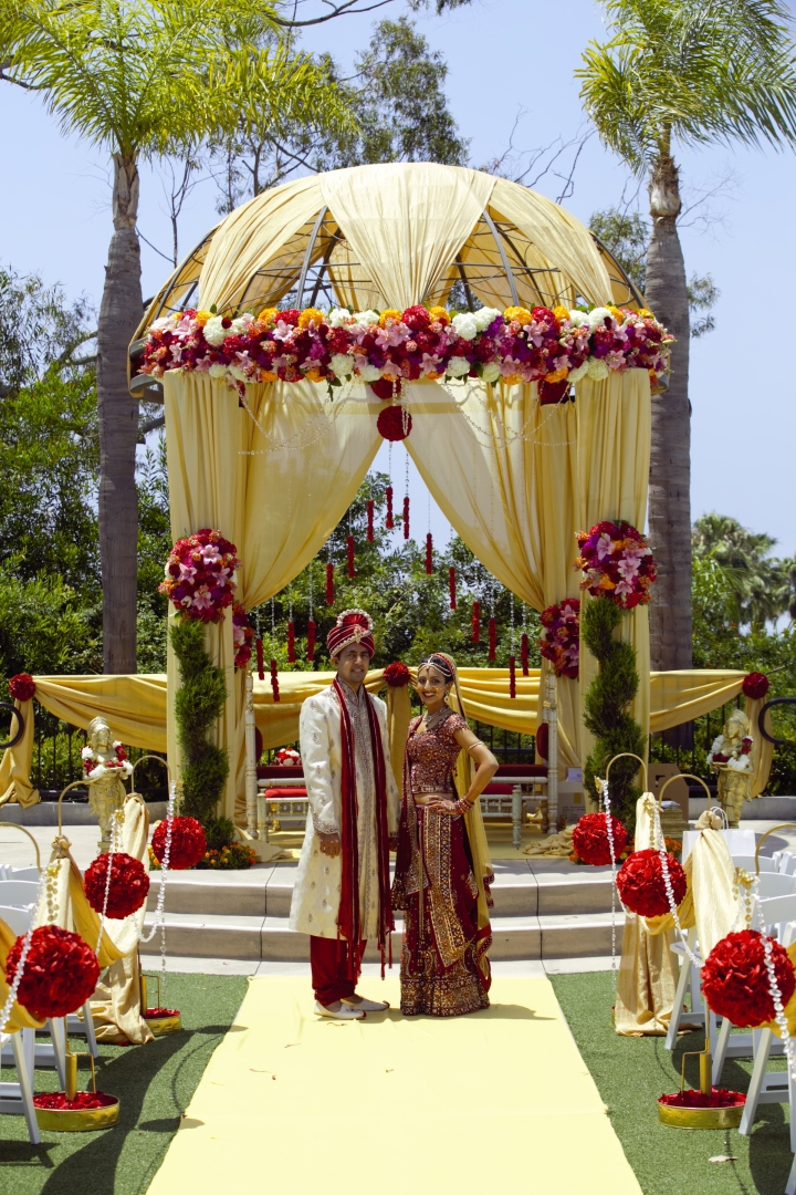 Newport-Beach-Marriott-Indian-wedding-Jain-Patel-Hindu-Gujarati-fire-Samson-Productions