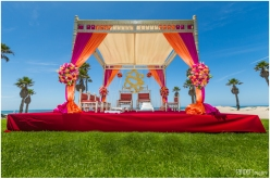 A perfect mandap on a perfect summer day in SoCal.