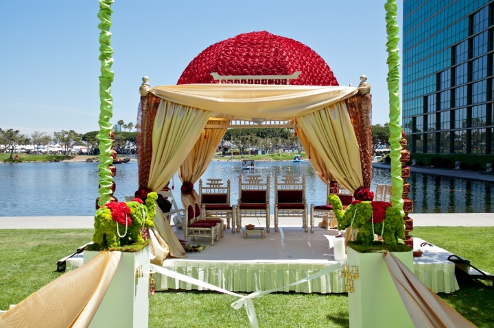 Indian-wedding-manadp-Hindu-ceremony-Jain-Long-Beach-Hyatt