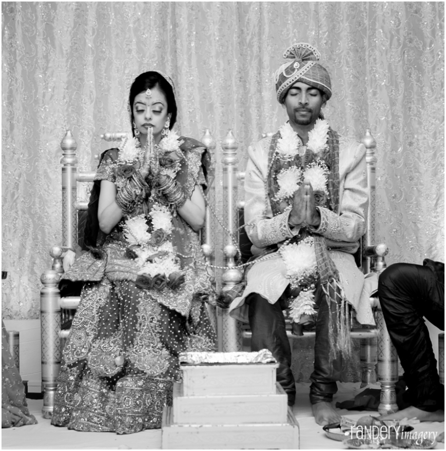 24-Anaheim-sheraton-park-orange-county-indian-hindu-gujarati-wedding-photography-gujarati-ceremony-photos