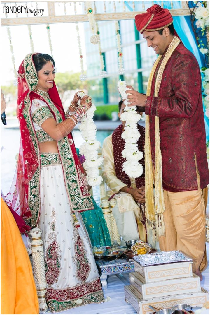 37 california long beach hyatt orange county indian hindu gujarati wedding ceremony photography - hindu beach wedding