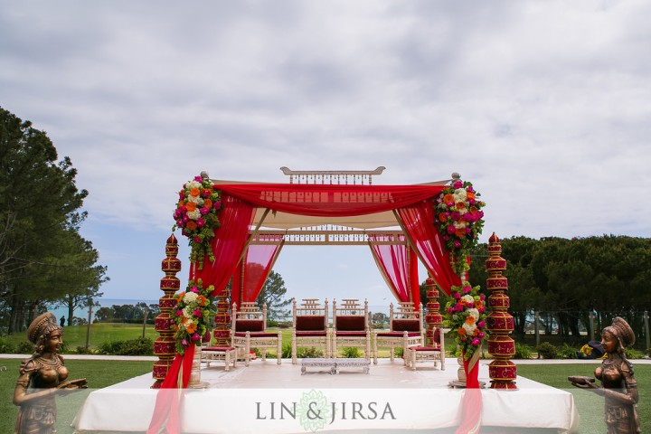 Indian-wedding-mandap-outdoors-build-assemble-onsite-Hindu-ceremony