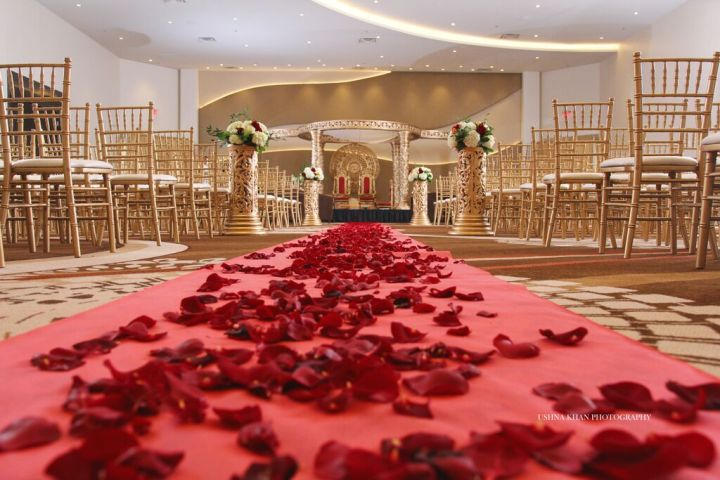 Indian-wedding-mandap-Hindu-ceremony-fire-Arizona-Phoenix-Chateau-Luxe