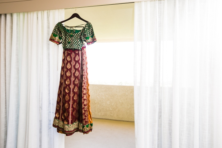 Newport-Beach-Marriott-Indian-Wedding-Photography-panetar-lehenga-red-green-gold-ceremony