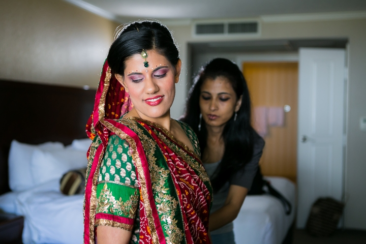 Newport-Beach-Marriott-Indian-Wedding-Photography-Karishma-Beauty-Parul-Artesia-bridal-bindi-tikka