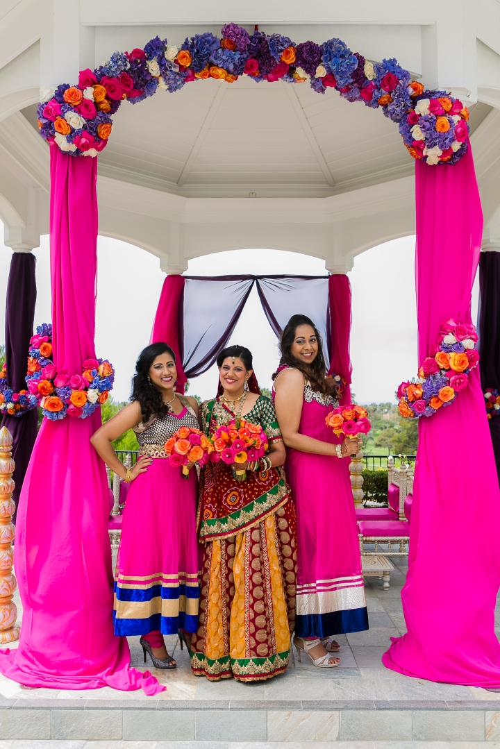 Newport-Beach-Marriott-Indian-Wedding-Photography-bridesmaids-mandap-decor-Hindu-anarkali-bouquet