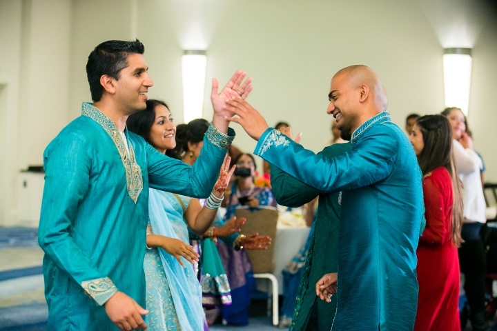 Newport-Beach-Marriott-Indian-Wedding-Photography-sangeet-garba-pre-wedding-function-good-garba-shots