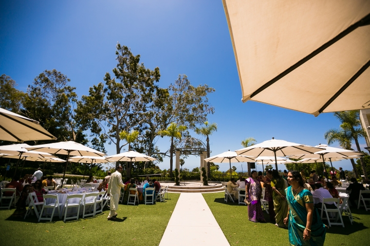Newport-Beach-Marriott-Indian-Wedding-Photography-Sea-View-Terrace-lunch-Indian-food-catering