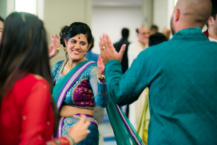 Newport-Beach-Marriott-Indian-Wedding-Photography-sangeet-garba-dancing