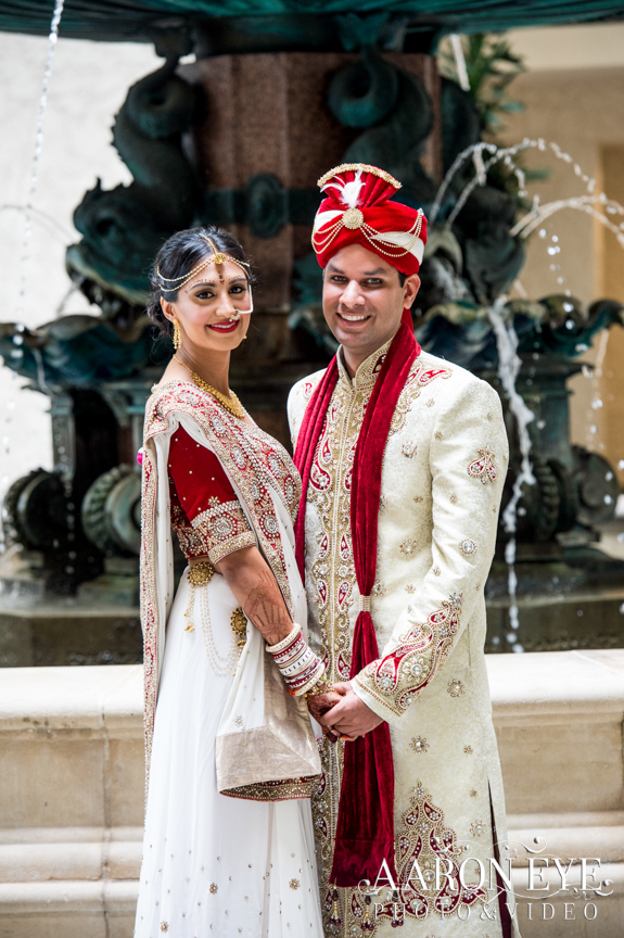 Reha-Vijay-Newport-Beach-Marriott-South-Asian-wedding-Indian_wedding-Hindu-Jain-North_Indian-Gujarati-lehenga-sera-fountain-The-Atrium-