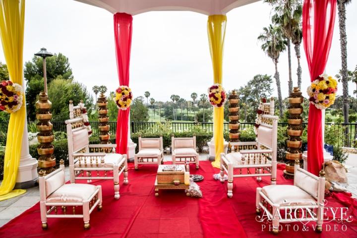 Reha-Vijay-Newport-Beach-Marriott-South-Asian-wedding-Indian_wedding-Hindu-Jain-North_Indian-Gujarati-lehenga-sera-fountain-The-Rose-Garden