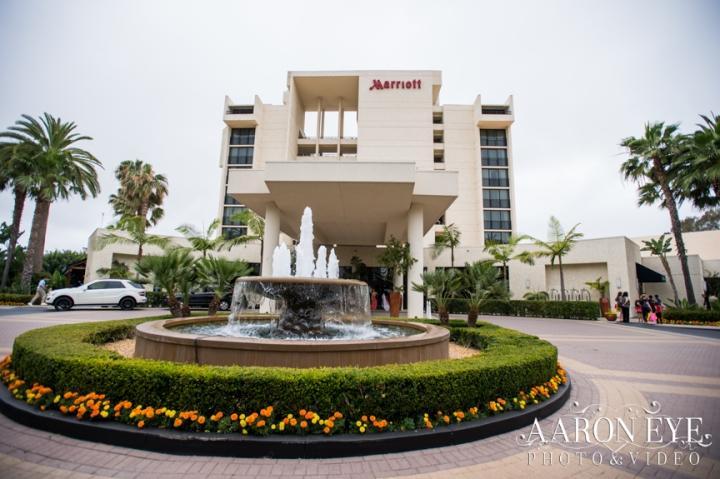 Reha-Vijay-Newport-Beach-Marriott-South-Asian-wedding-Indian_wedding-Hindu-Jain-North_Indian-Gujarati-lehenga-sera