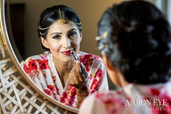 bride-dulhan-Indian-wedding-Gujarati-Jain-Hindu-South-Asian-Newport-Beach-Marriott-tikka-lehenga