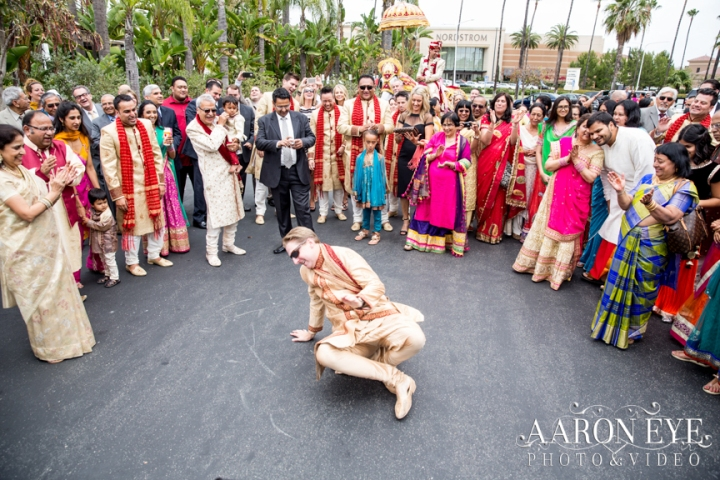 Reha-Vijay-Newport-Beach-Marriott-South-Asian-wedding-Indian_wedding-Hindu-Jain-North_Indian-head-table-ballroom-Aaron-Eye-Photography-baraat-dance