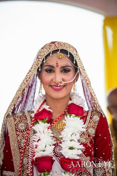 Reha-Vijay-Newport-Beach-Marriott-South-Asian-wedding-Indian_wedding-Hindu-Jain-North_Indian-head-table-ballroom-Aaron-Eye-Photography-dulhan