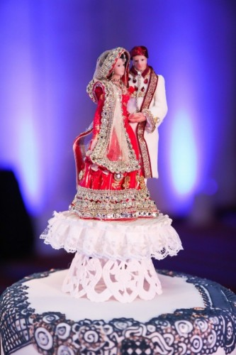 Attractive Indian Bride And Groom Cake Topper With The Clothing Designed Like The  Bride And Groomu0027s Actual
