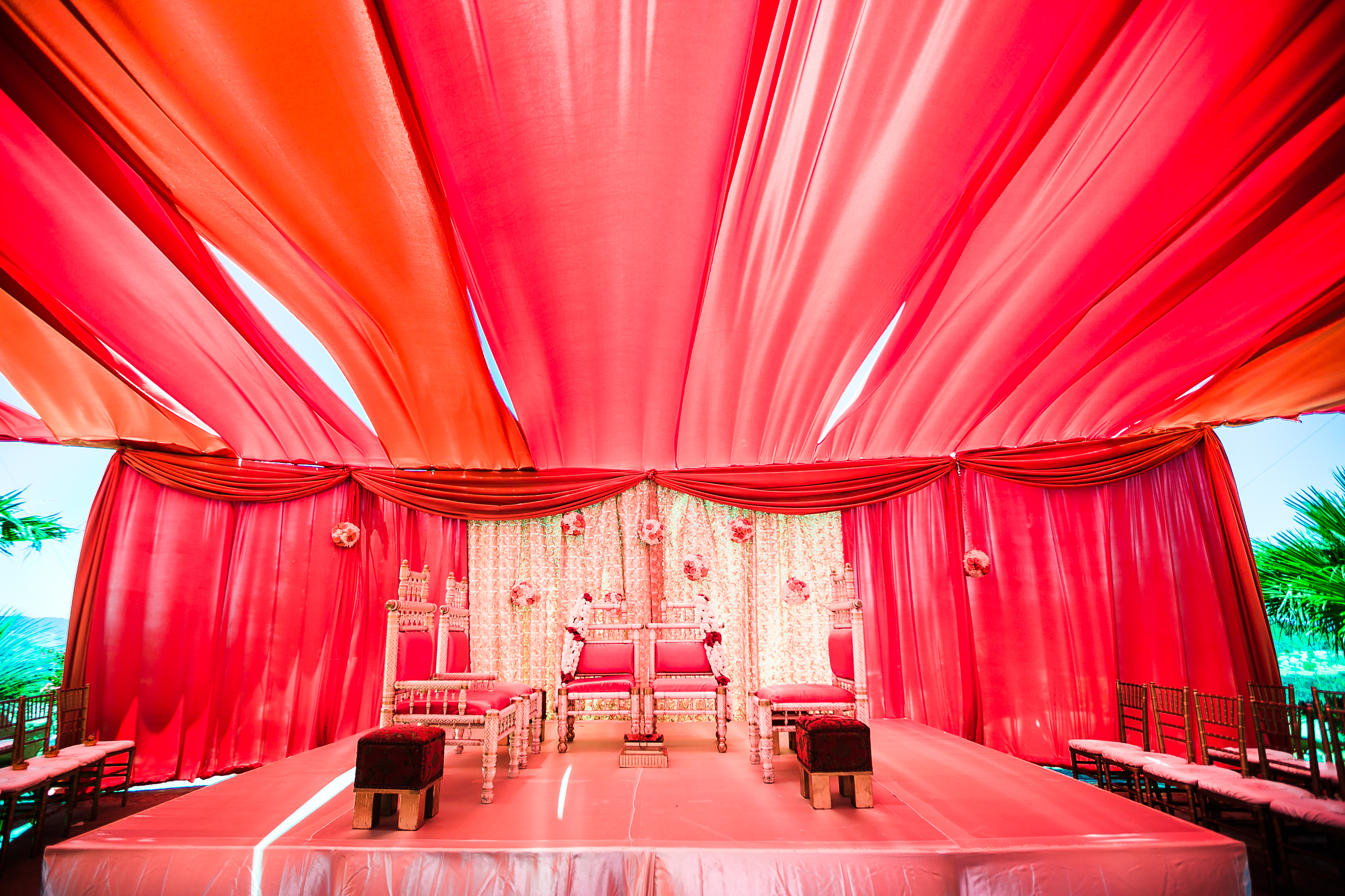 Inside of the tent mandap area for the Hindu Indian wedding ceremony. & Indian-wedding-venue-Riddhi-Amish-Lin-Jirsa-Indian_wedding_dress ...