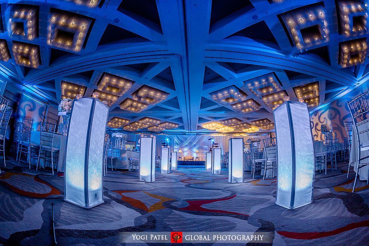 Hotel Irvine Indian wedding reception.