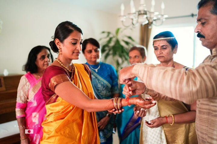 Indian-wedding-Avni-Taylor-Paul-Gero-photography-Hindu-ceremony-Grihshanti-pooja-Gujarati-tying-string