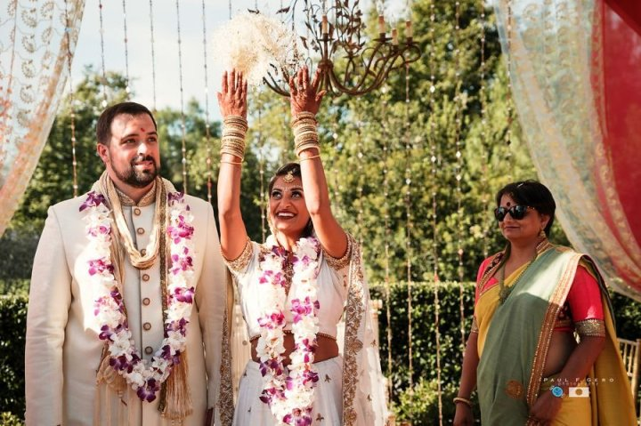 Indian-wedding-Taylor-Avni-Paul-Gero-Photography-South-Asian-wedding-vidai-Indian-bride-dulhan-mandap