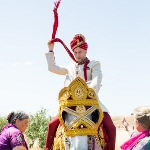 Sipra_Kevin_Sipra_Kevin_Indian-wedding-family-lehenga-sherwani-sera-mandap-Hindu-multicultural-Bengali-Gujarati-white-groom-baraat-horse
