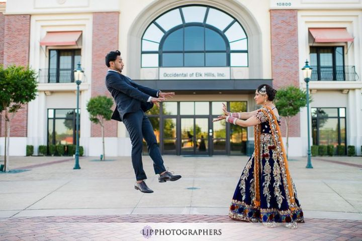 Funny Indian wedding photo 1