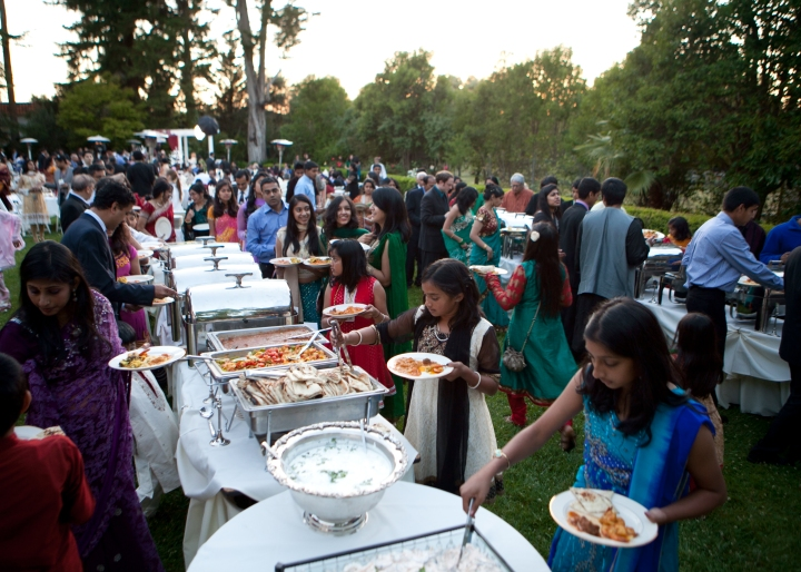 Different Ways To Serve Meals At Indian Weddings A Guide