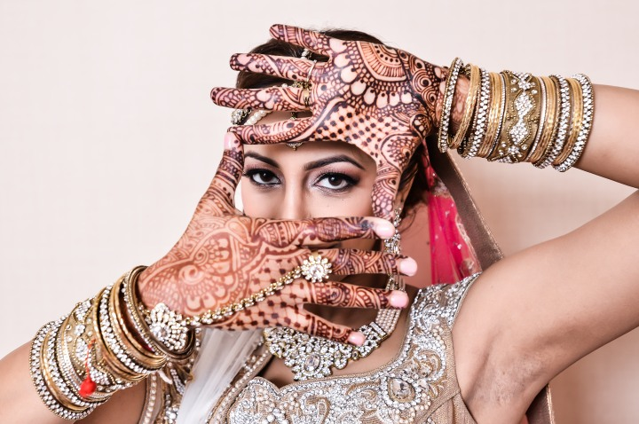 Neena-Chintan-Indian-wedding-venue-Hotel-Irvine-wedding-ceremony-brides-mehndi-lehenga