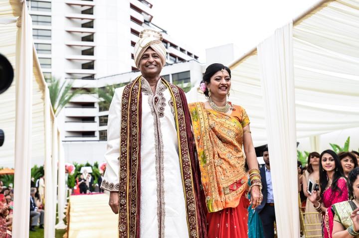 Neena-Chintan-Indian-wedding-venue-Hotel-Irvine-wedding-ceremony-groom-mom-mandap