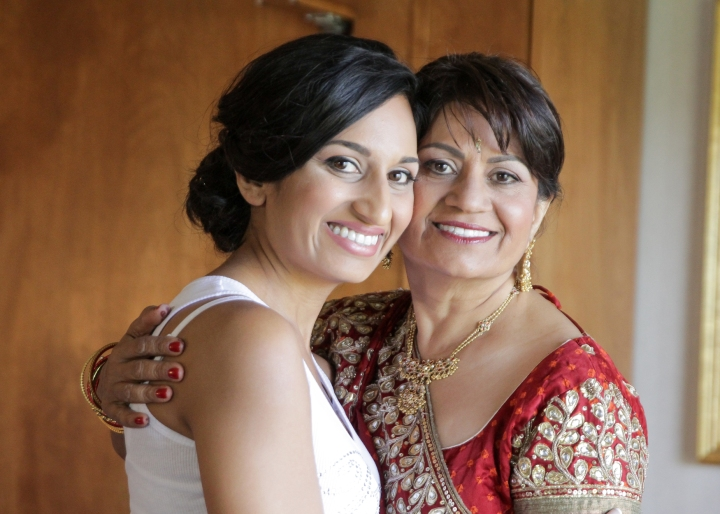 Ashmi-Suraj-Indian-wedding-mandap-varmala-San-Diego-bride-mom