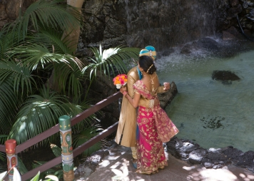 Ashmi-Suraj-Indian-wedding-venue-mandap-varmala-San-Diego-first-look-sari-