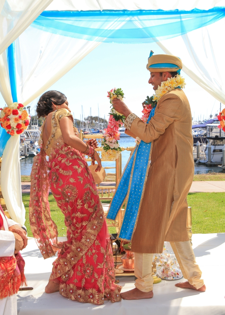 Ashmi-Suraj-Indian-wedding-venue-baraat-Hindu-Jain-San-Diego-varmala-ceremony