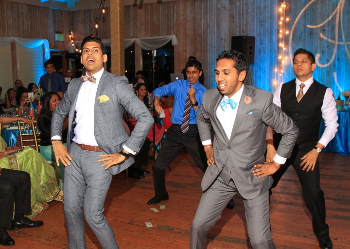 Ashmi-Suraj-Indian-wedding-venue-Hindu-Jain-ceremony-San-Diego-reception-performance