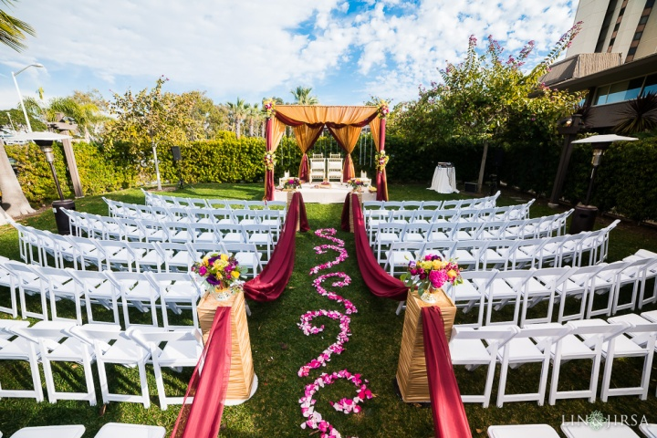 121-Indian-wedding-venue-South-Asian-Mandap-lehenga-baraat-ceremony-2