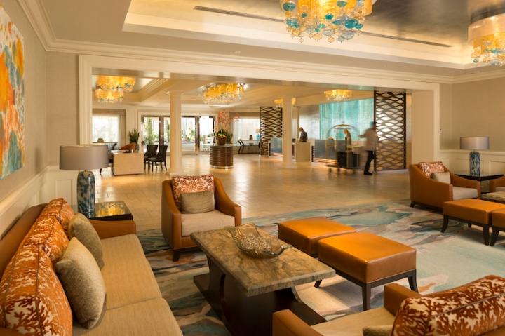 6-SS-116-Balboa_Bay-Resort-Indian-wedding-lobby